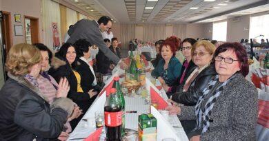 Прослава Осмог марта у Бајиној Башти