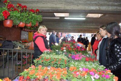 Продаја цвећа