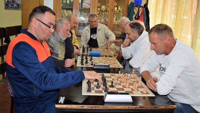 Брзопотезно првенство у шаху ШК Бајина Башта