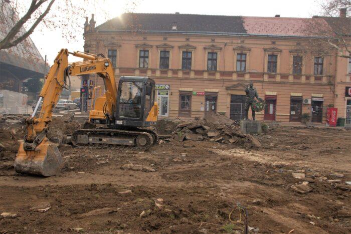 Јелка - Трг - Реконструкција