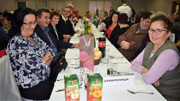Пензионери из Сребренице