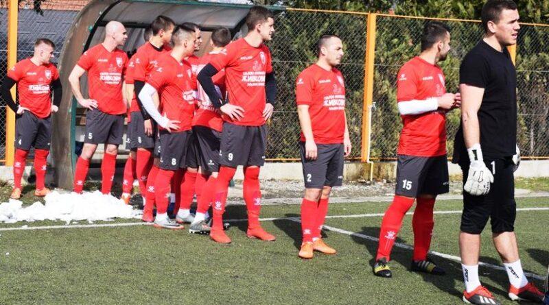Фудбалери Слоге пред почетак утакмице са ФАП-ом