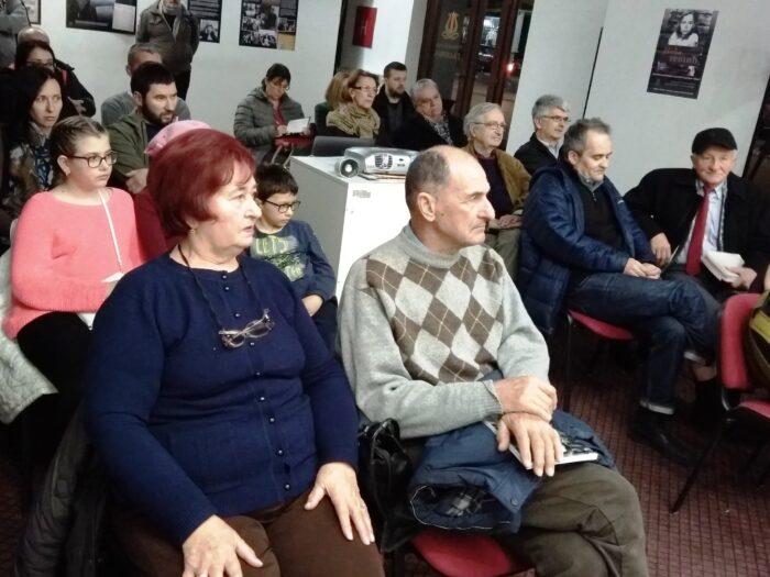 У публици блиски рођаци Нађе и Стива Тешића