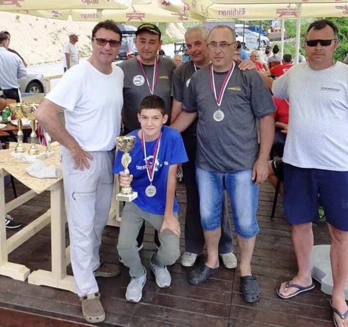 Лањски победник , екипа Косјерића, овога пута на трећем месту