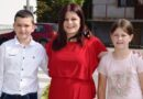 ОШ Рогачица -Илија и Виолета са учитељицом Иваном