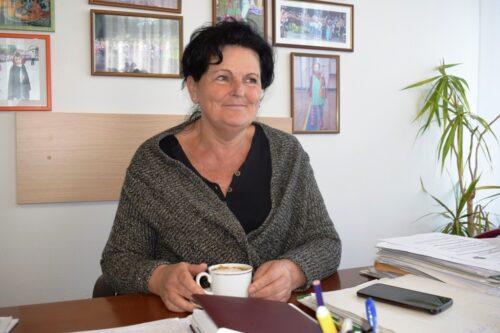 Vesna Lestarevic .