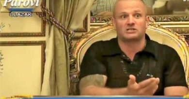 Milorad Simić, alias Seksi Rok u rijaliti programu Parovi na TV Hepi