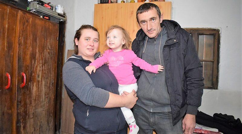 Породица Матић: Миломир и Драгана са ћерком Анђелом