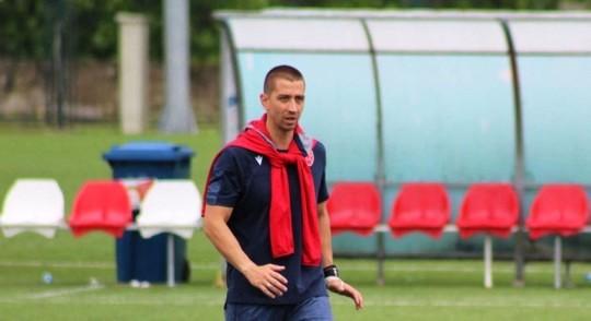 Тренер кадета Звезде Стојчевски