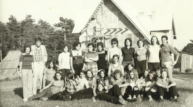 рУКОМЕТАШИЦЕ бб ТЈНТИШТЕ 1973