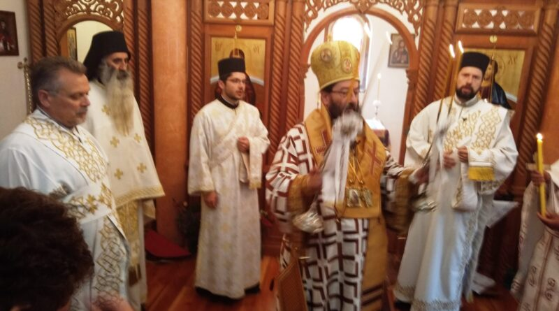 Свечана литургија у цркви у Солотуши