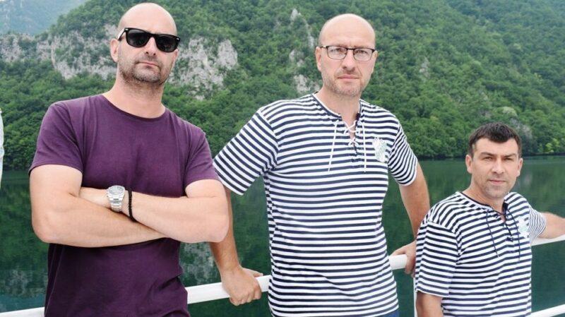 Део посаде брода Горан Глишић, Недељко Стаменић и Небојша Симић